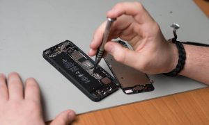 iPhone Repair Service Center Takapuna
